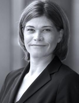 Nina Weiss Studium